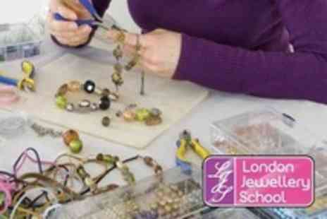London Jewellery School - Choice of Jewellery Making Class For One (£21) or Two (£39) at London Jewellery School (Up to 54% Off) - Save 50%