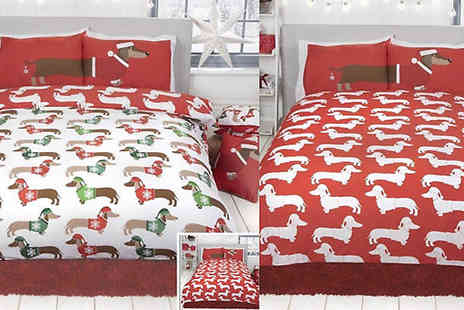 Style My Bedroom - Reversible Christmas Sausage Dog Duvet Set Choose Three Sizes - Save 63%