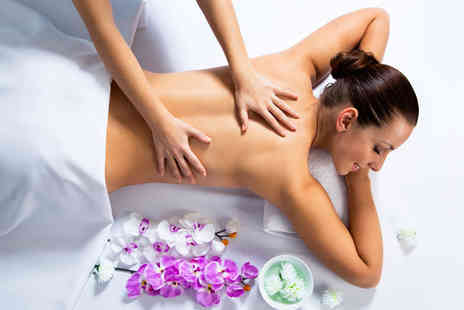 Pampered Islington - One hour Swedish, aromatherapy or Indian head massage - Save 53%