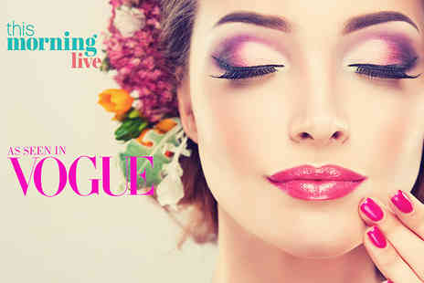 London Beauty Artists - Celebrity makeup masterclass with Lux makeup bag - Save 71%
