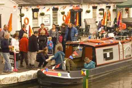 Norbury Wharf - Three Hour Evening Cruise for Two or Four - Save 50%