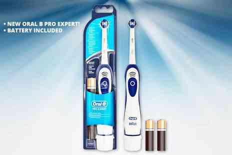 Beauty Magasin - Oral B Pro Expert precision clean toothbrush - Save 50%