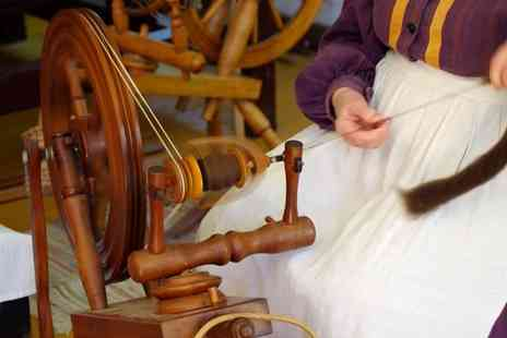 Rutland Farm Park - Day of learning to hand spin wool and lunch for one person - Save 0%
