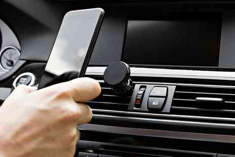 Groupon Goods Global GmbH - One, Two or Three Car Vent Magnetic Phone Holders in Choice of Colour - Save 40%
