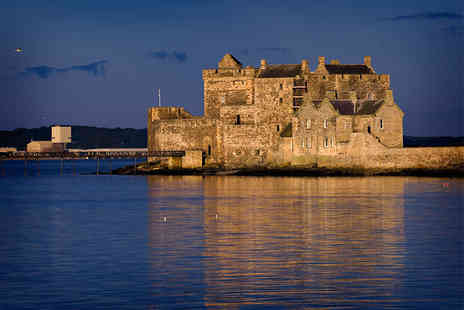 Forth Boat Tours - 90 minute Firth of Forth, Blackness Castle and Three Bridges sightseeing cruise and cream tea for two people - Save 30%
