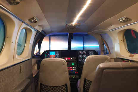 Virgin Experience Days - Private Jet Flight Simulator 30 Minutes - Save 25%