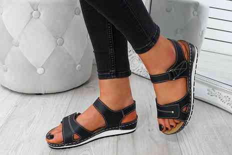 Groupon Goods Global GmbH - Womens Casual Sandals - Save 0%