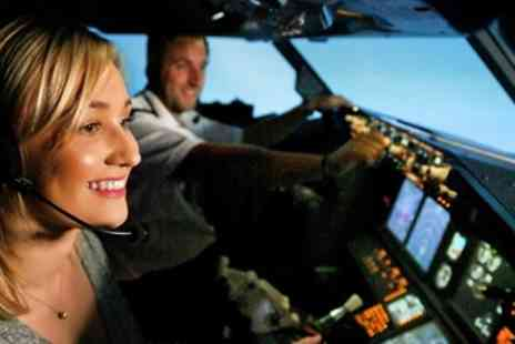 Virtual Flight Experience - 30 minute flight simulator experience in Warwickshire - Save 0%