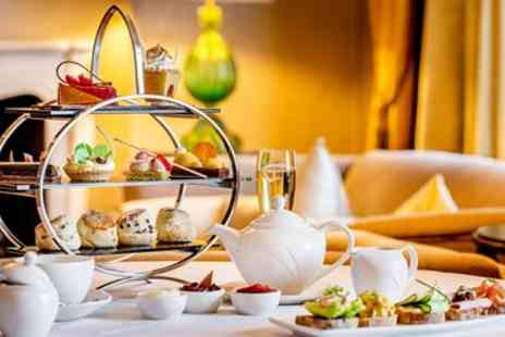 Hilton Park Lane - Five star Hilton Park Lane afternoon tea for 2 - Save 50%