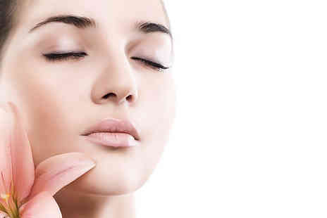 Enhance Beauty Clinic - Three microdermabrasion sessions plus a collagen mask - Save 77%