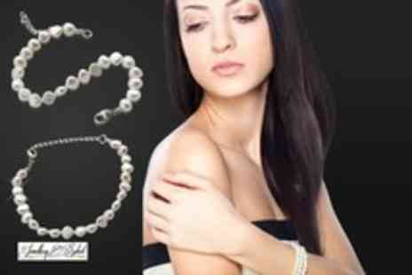 Jewellery Select - Freshwater pearl bracelet get some gorgeous new arm candy - Save 87%
