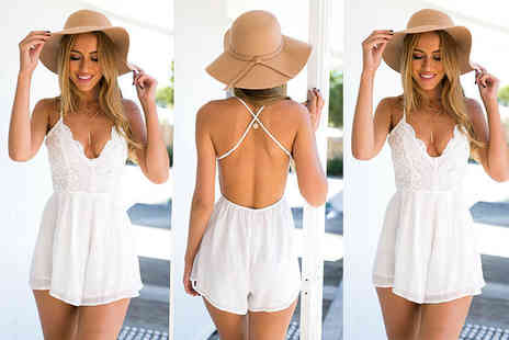 Verso Fashion - White cross back summer playsuit - Save 64%