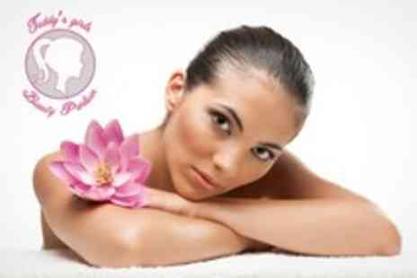 Teddys Girls - Three Microdermabrasion Sessions - Save 68%