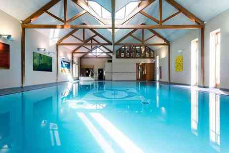 Imagine Health and Spa - Spa entry for one person including two 15 minute treatments, a glass of Prosecco and £10 voucher to spend - Save 67%