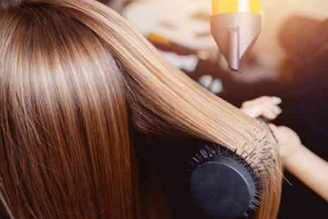 Dubai Beauty Salon - Wash, Cut and Blow Dry with Optional Half or Full Head Highlights - Save 43%