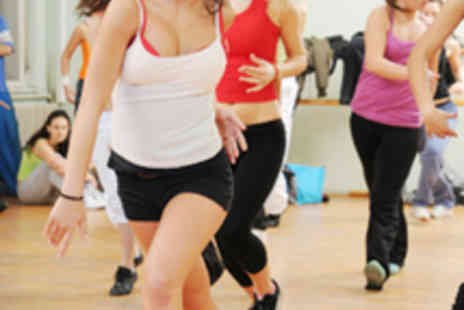 Zumbariot.com - Eight Zumba Classes - Save 75%