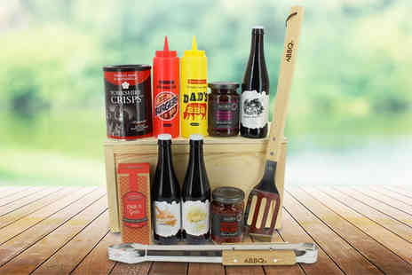 First4Hampers - Fathers Day BBQ hamper including Sonnet 43 Ale, chilli and garlic biscuits, BBQ equipment and more - Save 57%
