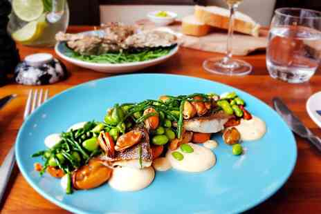 Taisteal - Two courses with prosecco - Save 56%