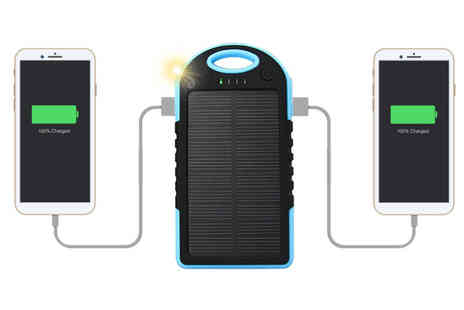 Gift Gadget - Solar power bank - Save 73%