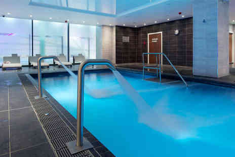 The Club and Spa - Secret escape spa day for one person with facilities access, a choice of 55 minute treatment and a glass of Prosecco - Save 58%