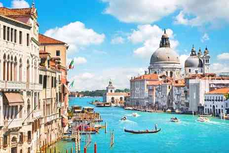 Travel Center - Four nights Rome and Venice holiday with a train transfer and return flights - Save 37%