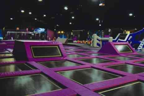 Ryze Dundee - Two Hour Jump Session with Grip Socks - Save 50%