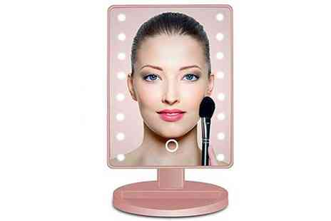 Magic Trend - Led touch screen vanity mirror - Save 62%