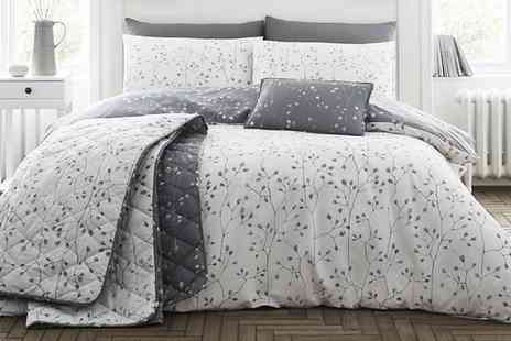 Groupon Goods Global GmbH - 200TC Hip Bud Soft Touch Duvet Set - Save 0%