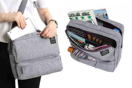 Wow What Who - Multi compartment travel bag choose from six colours - Save 73%