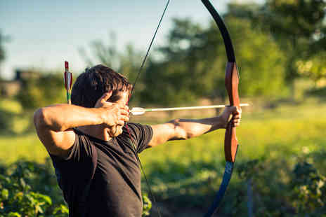Teambuilding Solutions - One hour beginners archery session for one - Save 44%