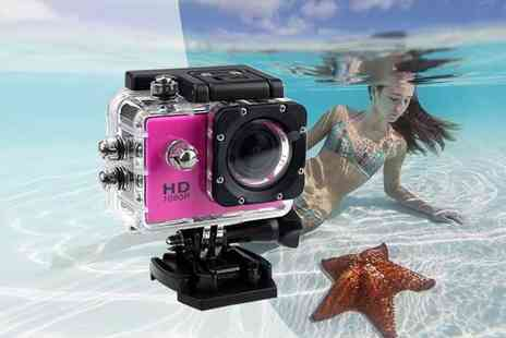 Wow What Who - HD action cam with 32GB SD card - Save 74%