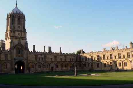 Tour Travel & More - Private excursion 11 hours of Oxford, Stratford and Cotswolds - Save 0%