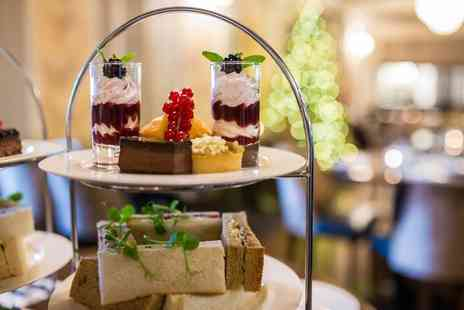 The Royal Station Hotel - Cocktail Afternoon tea for two people - Save 50%