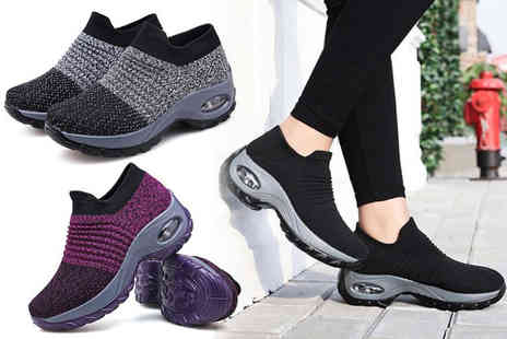 Domo Secret - Pair of breathable shaper trainers choose between black, grey and purple - Save 78%