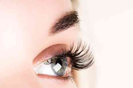 Lock And Lash - Full Set of Classic Eyelash Extensions - Save 37%