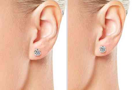 Philip Jones - Pair of clip on magnetic earrings made with crystals from Swarovski - Save 55%