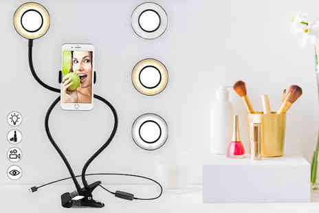 Magic Trend - 2 in 1 phone holder and selfie ring light - Save 54%
