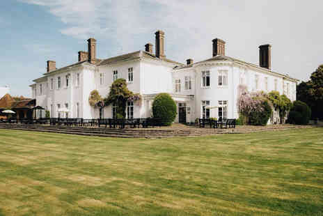 Milton Hill House - Overnight stay for two people with breakfast, three course dinner and leisure access - Save 37%