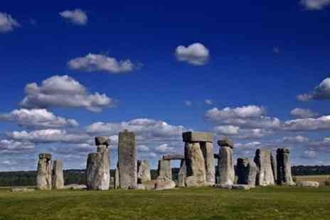 London & South East Tour Guides - Stonehenge and Windsor Castle private tour - Save 0%