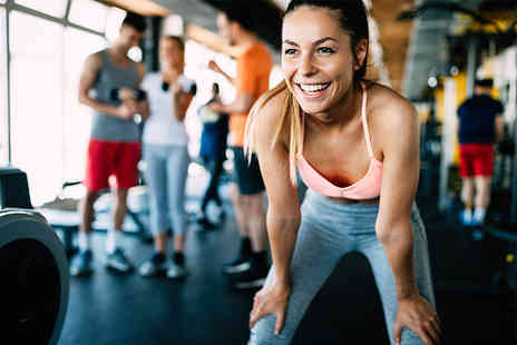 Paramount Fitness - One Month group personal training programme including eight hour long team training sessions - Save 0%