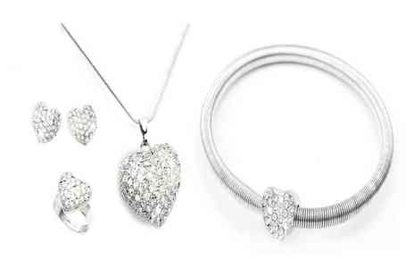 Victorias Candy - Four piece crystal heart jewellery set including pendant necklace, bangle, earrings and ring - Save 70%