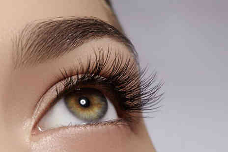 Hi Lashes UK - Semi permanent eyelash lift and tint - Save 58%