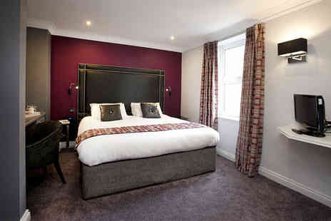 St James Hotel - Four Star Overnight Nottingham stay in a classic room for two with breakfast, late checkout and a glass of Prosecco on arrival - Save 50%