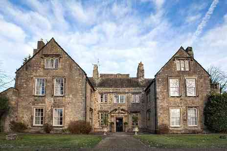 The Manor House Hotel - Overnight stay for two people with glass of Prosecco, leisure access, breakfast, early check in and late check out - Save 48%