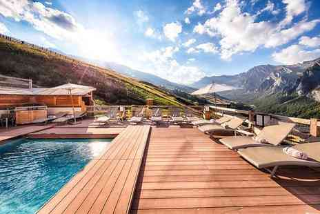 Hotel & Spa L Alta Peyra - Four Star Modern Alpine Retreat in Saint Veran for two - Save 55%