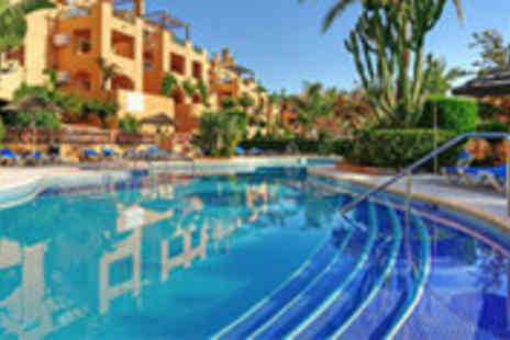 Petchey Leisure - £89 7 nights self-catering apartment stay for a family of 4 on the Costa del Sol - Save 73%