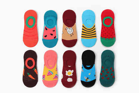 Bag a Bargain - 30 Pairs of Womens Assorted Ankle Socks - Save 76%