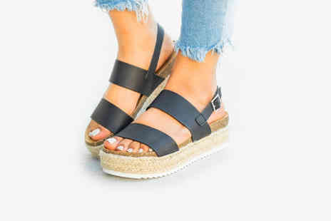 Backtogoo - Pair of double strap sandals - Save 65%