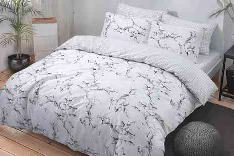 Groupon Goods Global GmbH - Easy Care Reversible Duvet Set - Save 0%