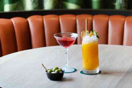 The Rockwell - Tropical themed bar on Trafalgar Square 4 cocktails - Save 58%